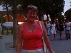 Gigi2018 - 61 éves társkereső fotója