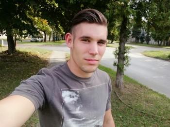 krisi98 22 éves társkereső profilképe
