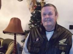 Gyula bácsi - 70 éves társkereső fotója