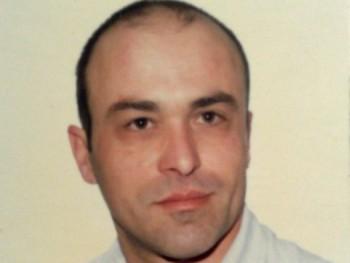 sipos6903 52 éves társkereső profilképe