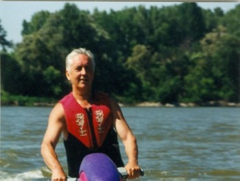 Ruzsa 73 éves társkereső profilképe