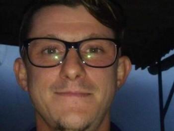 Náhlik Gábor 33 éves társkereső profilképe