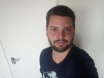 Shakuel 35 éves társkereső profilképe