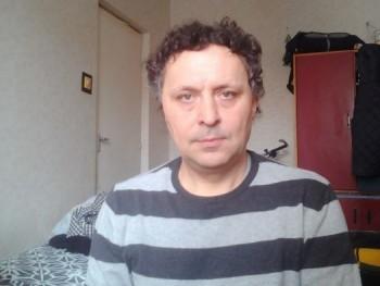 csaba444 46 éves társkereső profilképe