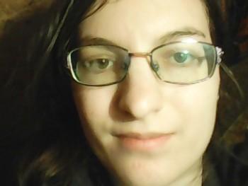 Titok17 19 éves társkereső profilképe