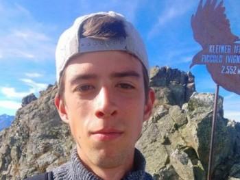 monkei 23 éves társkereső profilképe