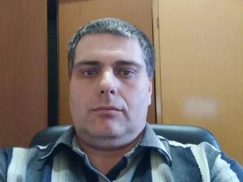 bakos01 45 éves társkereső profilképe