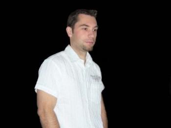 Sansz 42 éves társkereső profilképe