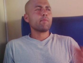 agarasz93 28 éves társkereső profilképe