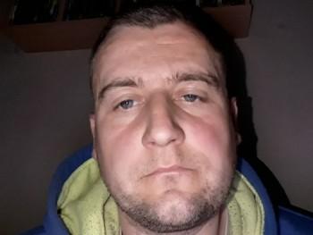 kiss zoli 20 éves társkereső profilképe