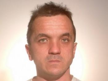 medzsik74 45 éves társkereső profilképe