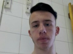 Tommy2002 - 18 éves társkereső fotója