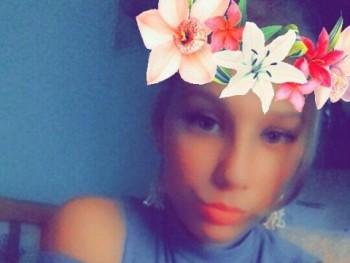 vikkancs16 18 éves társkereső profilképe