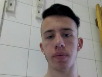 Tommy2002 18 éves társkereső profilképe