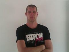 Tomesz30 - 32 éves társkereső fotója