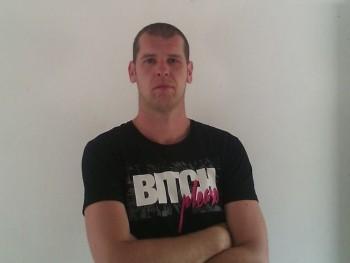 Tomesz30 32 éves társkereső profilképe