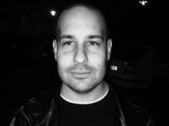 Axel23 - 33 éves társkereső fotója