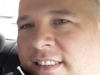 Zozi77 43 éves társkereső profilképe