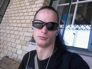 Lackó28 35 éves társkereső profilképe