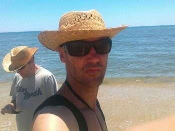 abobcsi 45 éves társkereső profilképe