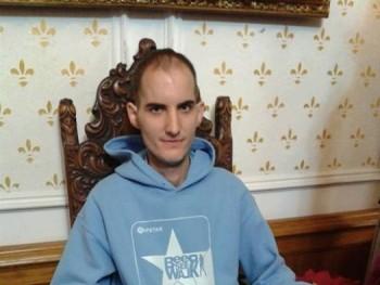 Krisztián28 30 éves társkereső profilképe
