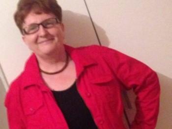 Fiona55 65 éves társkereső profilképe