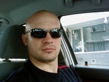 thomaas 33 éves társkereső profilképe