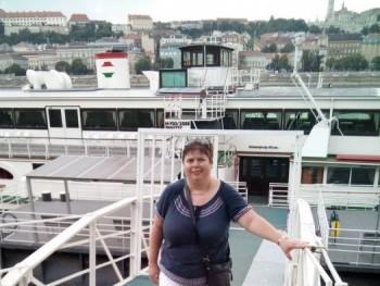 tünde42 44 éves társkereső profilképe