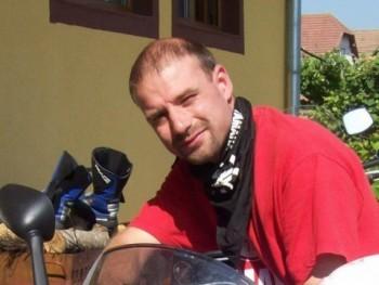 Sándorvagyok 40 éves társkereső profilképe