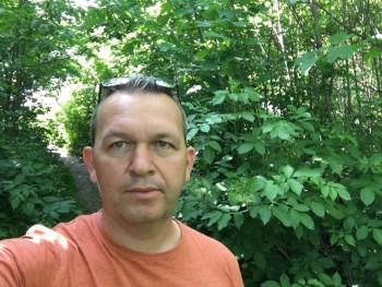 Attila27 49 éves társkereső profilképe