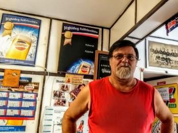 Toni 59 éves társkereső profilképe