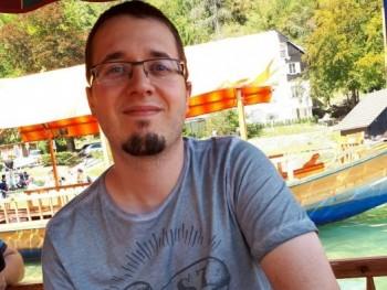 Tamás4343 30 éves társkereső profilképe