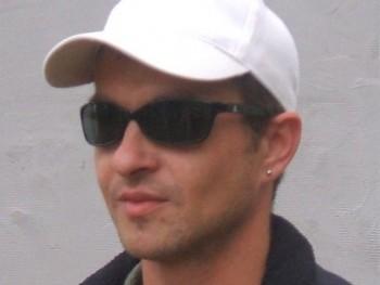 pzoltan 44 éves társkereső profilképe
