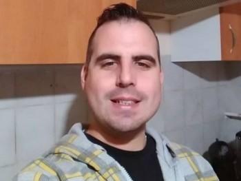Peti90 30 éves társkereső profilképe