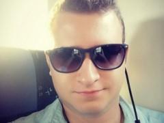 Jonathan03 - 23 éves társkereső fotója
