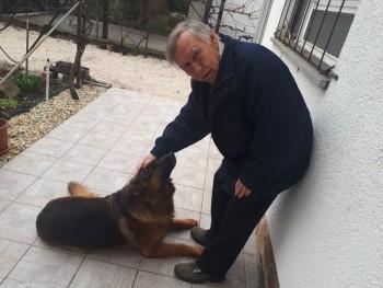 kutyafules 74 éves társkereső profilképe