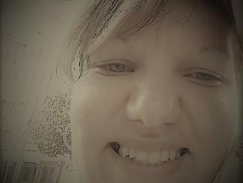 hugi31 33 éves társkereső profilképe