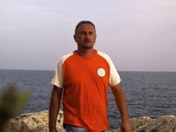 gabesz75 46 éves társkereső profilképe