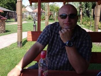 zsoell 41 éves társkereső profilképe