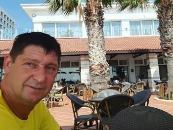 Péter7104 50 éves társkereső profilképe