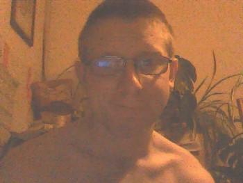 csaba1 27 éves társkereső profilképe