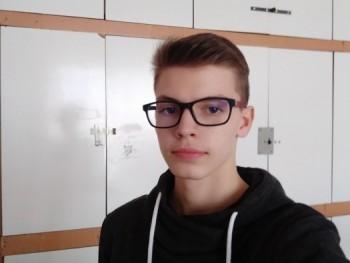Kristof1 16 éves társkereső profilképe