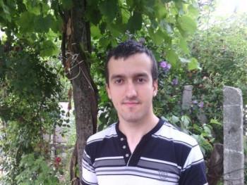 Andris93 27 éves társkereső profilképe