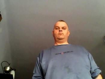 csucsu 14 52 éves társkereső profilképe