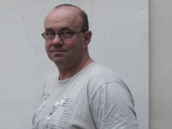 Hamupipő 54 éves társkereső profilképe