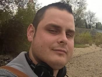viktor94 27 éves társkereső profilképe