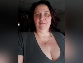 Böbe baba 44 éves társkereső profilképe
