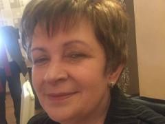 Zsuzsa keres - 57 éves társkereső fotója