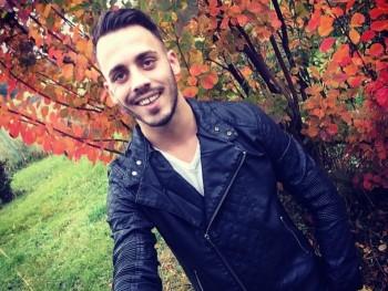 Chris2026 28 éves társkereső profilképe