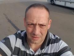 JGábor - 42 éves társkereső fotója